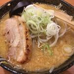麺屋一樹 - 信州味噌味噌漬け炙りチャーシュー1枚税込940円