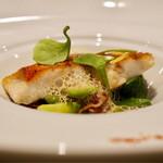 レストラン ラ・フロレゾン・ドゥ・タケウチ - 静岡県産 金目鯛のポワレ