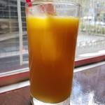 肉バル 310 - ランチのオレンジジュース