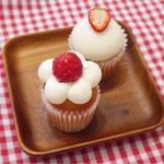 63851546 - 苺のショートケーキ&ダブルベリーチーズケーキ