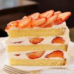 63852550 - いちごのショートケーキ