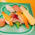 和遊食 肴菜や - 寿司の盛り合わせ