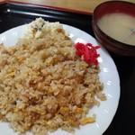 丸屋 そば屋 - ヤキメシ (670円)