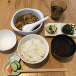 KOU - 「本日の、お肉の定食」❣️