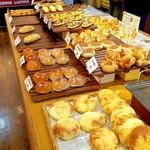 パン工房ルチア - 店内