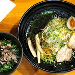 吉山商店 - 札幌油そば_700円、ねぎ肉ごはん_250円