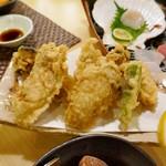 浜味屋 - カキの天ぷら