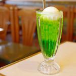 木かげ - クリームソーダ