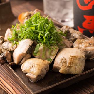 季節のご宴会は旬の食材を使った九州料理をお楽しみください。