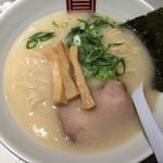 63885783 - らーめん白(細麺)(680円)