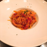 パスタピッコラ - Bランチ  ベーコンとオニオンのトマトソースパスタ
