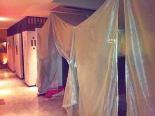 アラビアン酒場 ココブランカ - 個室の入り口がこんな感じ