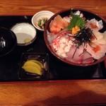 海鮮 真ちゃん - 名物 海鮮大漁丼定食