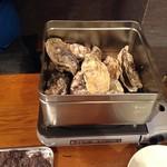 海鮮 真ちゃん - カキガンガン焼