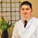 日本料理 おおつかようすけ - 大塚洋典31歳、久留米出身です。楽しみながら精一杯お料理させていただきます。