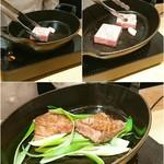 肉屋 雪月花 NAGOYA - 最上牛サーロインすき焼き!!九条葱と共に♪もはやステーキの厚さです゚+。:.゚(*゚Д゚*).:。+゚