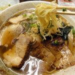 くれ星製麺屋 - チャーシュー麺