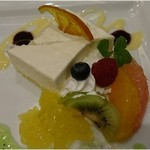上野精養軒 - チーズケーキ