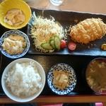 ダイニング福八 - カツ定食