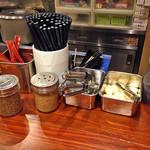 にんにくや - 料理写真:卓上調味料