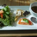 ガーリックハウス - 本日の前菜(大室温泉野菜使用)