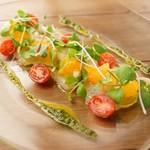 旬の鮮魚のカルパッチョ 本日のスタイル