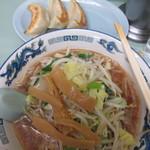 みんみん - 醤油ラーメン+餃子