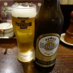 金字塔 - 「人気 No.1」地ビールは、ドイツの Warsteiner (ヴァルシュタイナー)