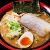 北海道らーめん 木の葉 - 料理写真:合わせ味噌らーめん。赤味噌、白味噌、十勝産の三種をブレンドする深みある一杯