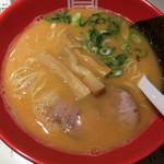 63937566 - らーめん赤(細麺)(750円)