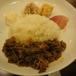 肉ビストロ WAIGAYA - 続いてメインのプレート