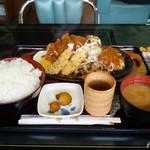 カフェレスト テンセブン - 2010/04 バーグ味噌かつエビフライ定食(ご飯M550g)¥1,300+おかず大盛り¥300