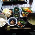 魚山亭 渋谷店 - 綾定食でございます(2011.01)