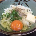 鳥越製麺所 - 釜玉バター(小)¥380+生卵(無料)