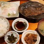 河野 - 日替わり 煮魚  850円