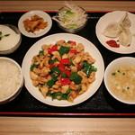 中華料理 大創苑 - 鶏味噌定食
