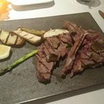 Cantina GIOIOSO - Tボーンステーキ