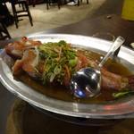 33區熱炒生猛海鮮 - 紅條(ハタでしょう)の清蒸
