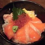 和食屋 - 海の親子丼