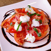 ・トマトとモッツァレラのカプレーゼ