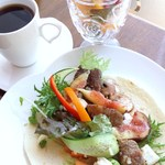 カフェフェリーチェ - 近江牛と季節のラップサンド