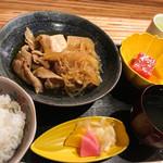 銀座 しぶ谷 - 肉豆腐