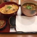 杵屋 - 親子丼、小カレーうどん