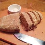 アウトバック ステーキハウス - サービスのパン