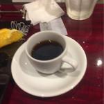 63966020 - 10食限定のハンバーグハヤシライス(サラダ・ドリンク・デザート付き)¥1,500のホットコーヒー