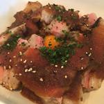 スペインバル・ラバリーカ - MEGA盛りイベリコ丼300g(1050円)