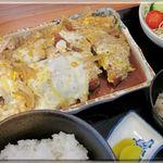 食采楽座 秀 - 料理写真:カツ煮定食