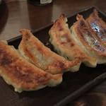 コンパス - 岡山ホルモン餃子