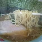 竜家 - 麺カタ、味コメ、油少