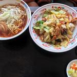 千華 - 料理写真:ネギラーメン、回鍋飯ランチ 680円